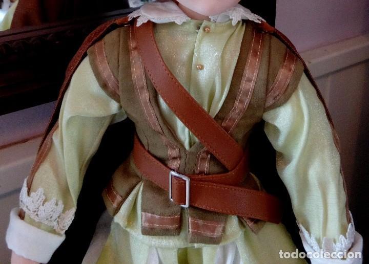 Muñecas Porcelana: MAXIMILIAM, PAJE DE PORCELANA ALEMANA BISCUIT - SERIE LIMITADA -CERTIFICADO-EXPOSITOR - Foto 5 - 147789921