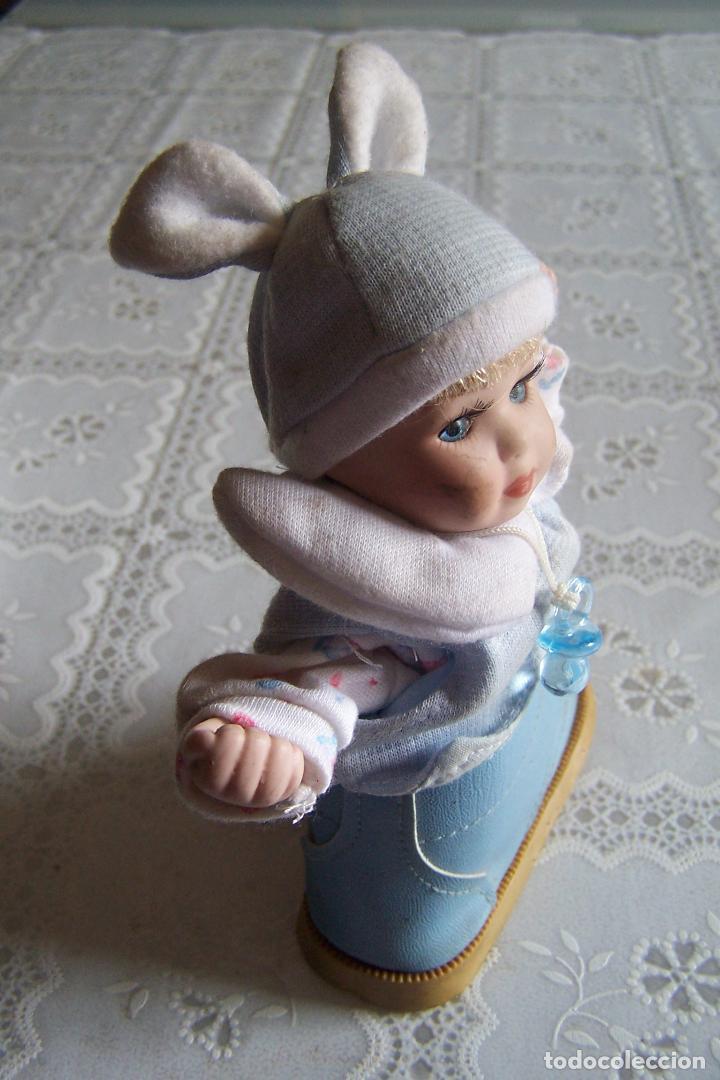 Muñecas Porcelana: MUÑECA PORCELANA Y TRAPO. 16 CMS. CABEZA Y MANOS DE PORCELANA. CAJA DE MÚSICA A CUERDA. - Foto 2 - 77751961