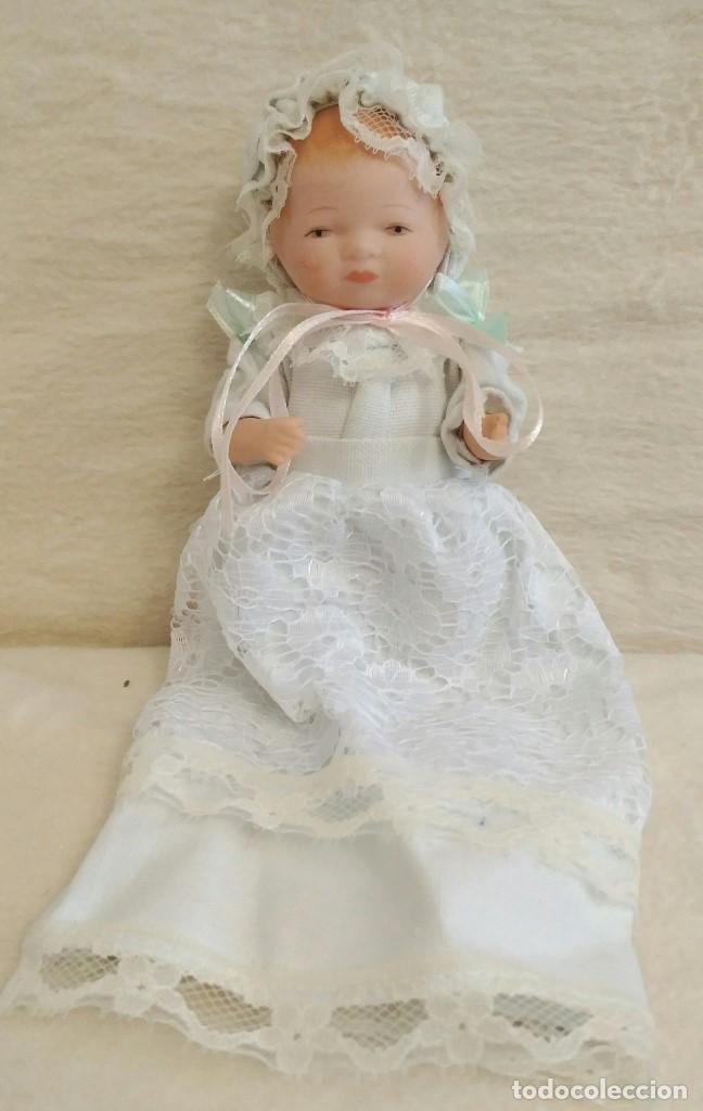 Muñecas Porcelana: Muñeca de porcelana coleccion Leonardo con cochecito antiguo y bebe. - Foto 4 - 80162265