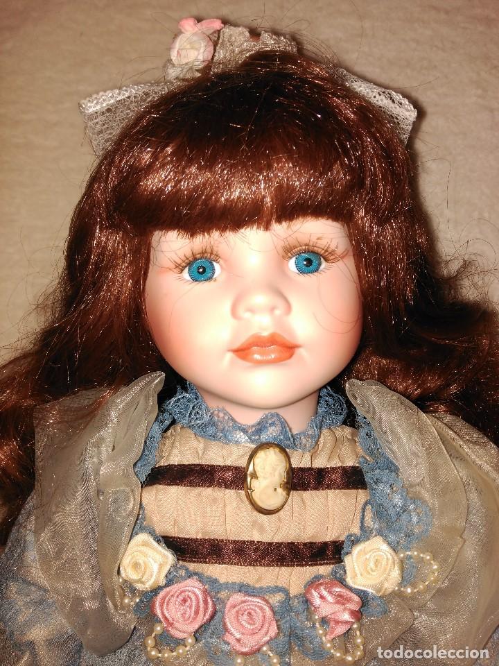 Muñecas Porcelana: Muñeca de porcelana coleccion Leonardo con cochecito antiguo y bebe. - Foto 10 - 80162265