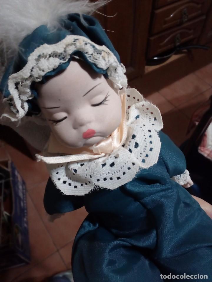 BEBÉ DE PORCELANA (Juguetes - Muñeca Extranjera Moderna - Porcelana)