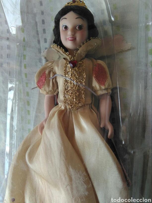 Muñecas Porcelana: muñeca princesa Blanca nieves Disney porcelana con su caja de plástico. Blancanieves en blister - Foto 2 - 84508004