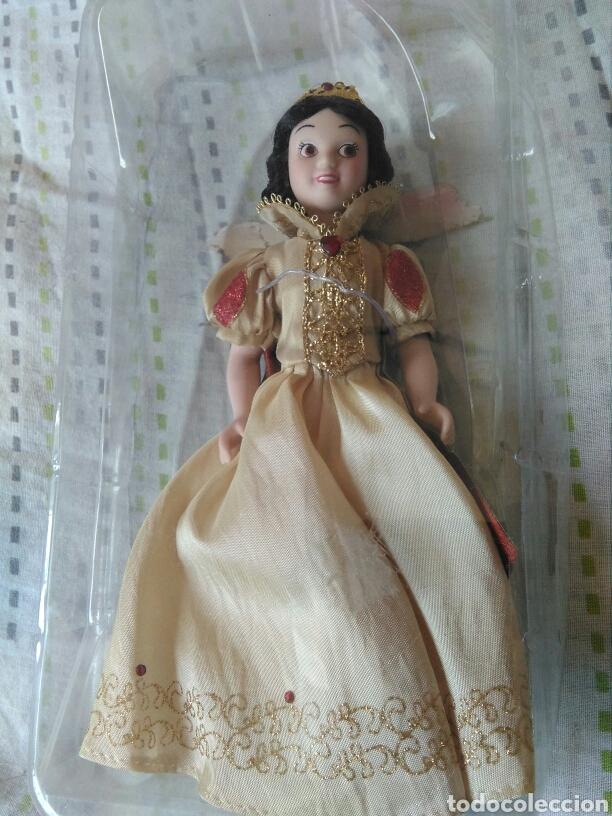 Muñecas Porcelana: muñeca princesa Blanca nieves Disney porcelana con su caja de plástico. Blancanieves en blister - Foto 3 - 84508004