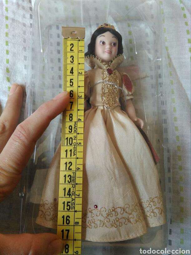 Muñecas Porcelana: muñeca princesa Blanca nieves Disney porcelana con su caja de plástico. Blancanieves en blister - Foto 5 - 84508004