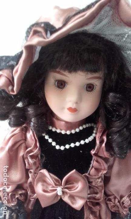 Muñecas Porcelana: muñeca de porcelana de 39 cm (con peana) - Foto 2 - 86205548