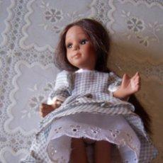 Muñecas Porcelana: MUÑECA DE PORCELANA DE COLECCIÓN NEGRA. 20 CMS. DE ALTURA. Lote 89632516
