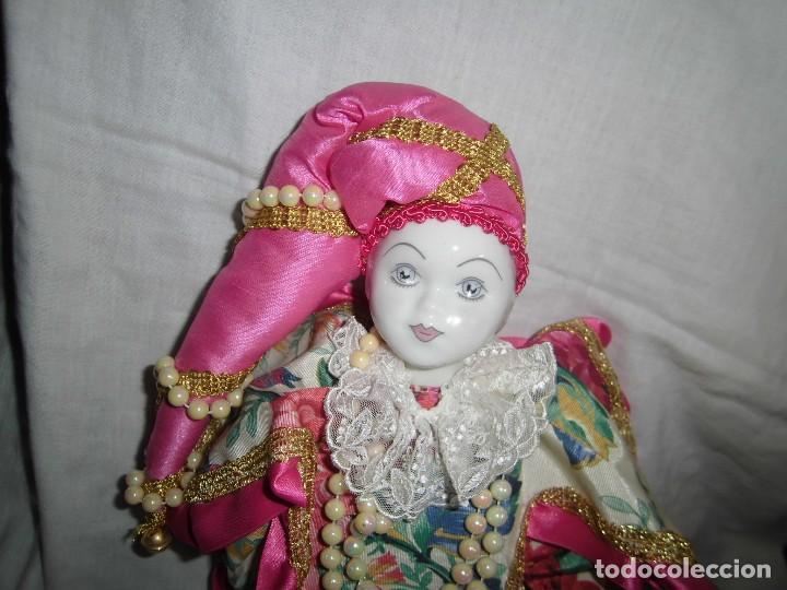Muñecas Porcelana: BONITO PIERROT DE PORCELANA Y RELLENO MARCADO EN EL CUELLO GELY BOBES - Foto 2 - 94337714