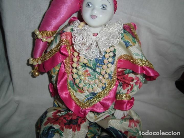 Muñecas Porcelana: BONITO PIERROT DE PORCELANA Y RELLENO MARCADO EN EL CUELLO GELY BOBES - Foto 3 - 94337714