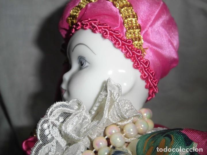Muñecas Porcelana: BONITO PIERROT DE PORCELANA Y RELLENO MARCADO EN EL CUELLO GELY BOBES - Foto 20 - 94337714