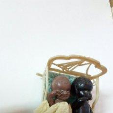 Muñecas Porcelana: MUÑECOS PEQUEÑOS CUANA. Lote 94640716
