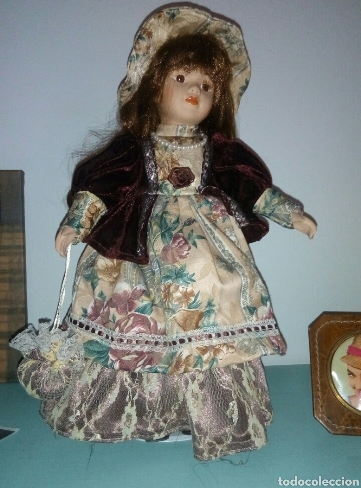 BONITA MUÑECA PORCELANA (Juguetes - Muñeca Extranjera Moderna - Porcelana)