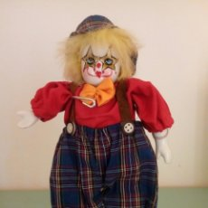 Muñecas Porcelana: MUÑECA PAYASO PORCELANA AÑOS 80. Lote 97357894