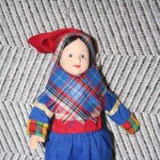 Muñecas Porcelana: LAPONIA *** MUÑECAS DEL MUNDO DE PORCELANA (1986) *** ROPA TRADICIONAL *** NUEVA ***. Lote 99633467