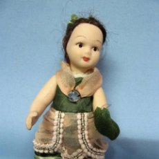 Muñecas Porcelana: MUÑECA TODO EL CUERPO DE PORCELANA 15CM. Lote 104786863