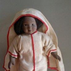 Muñecas Porcelana: MUÑECA DE PORCELANA ARTICULADA . MIDE 22 CMS . Lote 106097875