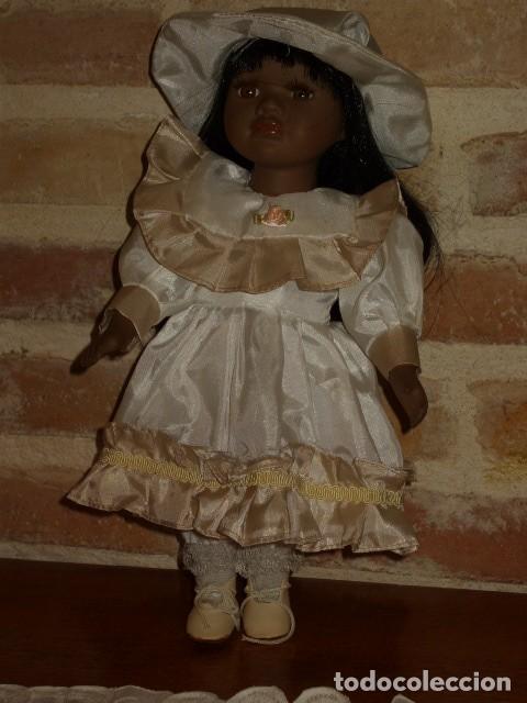 Muñecas Porcelana: MUÑECA NEGRITA O MULATA DE PORCELANA,PELO LARGO. - Foto 5 - 106648283
