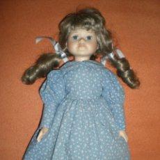 Muñecas Porcelana: BONITA MUÑECA PORCELANA 39 CM COMPLETA DE ORIGEN MUY BUEN ESTADO. Lote 106795047