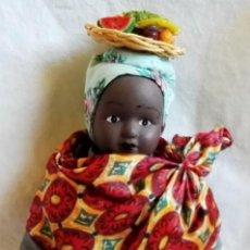 Muñecas Porcelana: MUÑECA AFRICANA DE PORCELANA O CERÁMICA - 23CM.. Lote 107445363