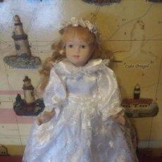 Muñecas Porcelana: MUÑEQUITA DE PORCELANA. Lote 107786579