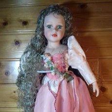 Muñecas Porcelana: MUÑECA DE PORCELANA Y TRAPO FRANCESA. Lote 107807359