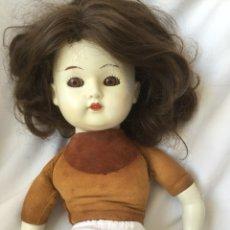 Muñecas Porcelana: MUÑECA ANTIGUA. Lote 108703247