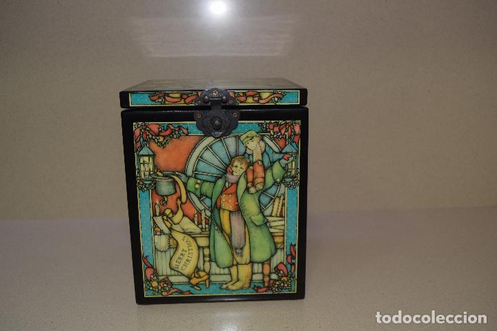 Muñecas Porcelana: caja de musica y muñeca de porcelana años 80 - Foto 2 - 109094723