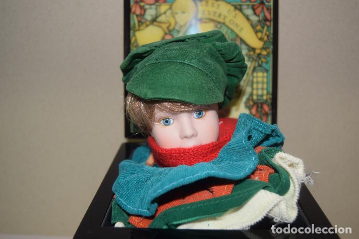 Muñecas Porcelana: caja de musica y muñeca de porcelana años 80 - Foto 3 - 109094723