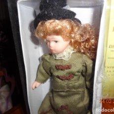 Muñecas Porcelana: COL. MUÑECAS DE PORCELANA, EN SU CAJA, COMO NUEVA 15 CTMS.. Lote 113400871