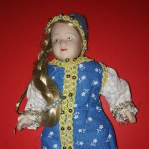 muñeca porcelana autentica 22cm muñecas del mundo RUSIA
