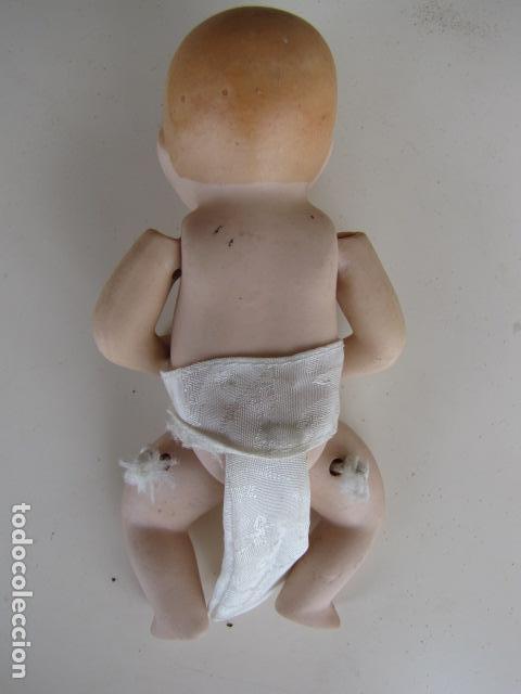 Muñecas Porcelana: Bebe articulado de porcelana. Pañal - Foto 3 - 116907663