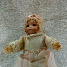 Muñecas Porcelana: MUÑECO BEBÉ DE PORCELANA. Lote 117328943