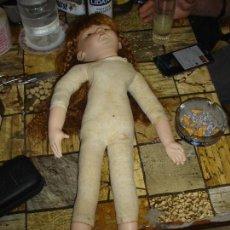 Muñecas Porcelana: MUNECA CON LA CABEZA BRAZOS Y PIERNAS EN PORCELANA. Lote 119313587