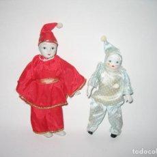 Muñecas Porcelana: LOTE DE DOS MINI ARLEQUINES. Lote 120849139