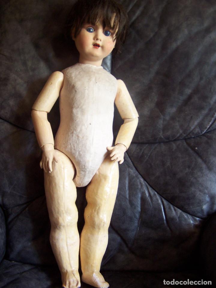 Muñecas Porcelana: Muñeca belga con marca en la nuca. Ojos durmientes de cristal azules. Años 20. Altura 66 - Foto 7 - 132561922