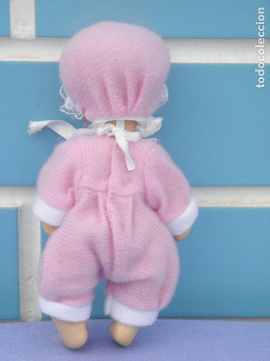 Muñecas Porcelana: Muñeco bebé de porcelana articulado - Foto 4 - 132941082