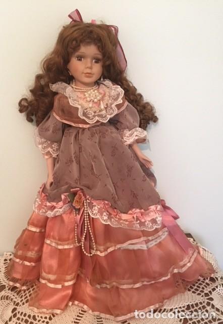 Muñecas Porcelana: Preciosa gran muñeca de porcelana años 70 con bonito vestido todo detalle 57 cm - Foto 3 - 136223418