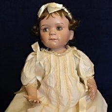 Muñecas Porcelana: MUÑECA PORCELANA COLECCION,REPRESENTACION DE GLORIA VANDERBILT DE BEBE. Lote 137499914