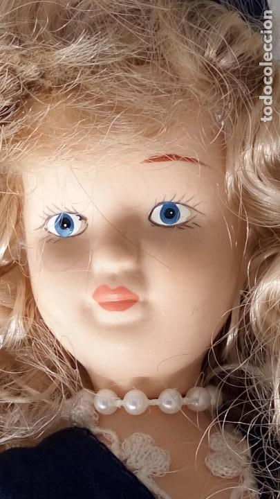 Muñecas Porcelana: 2 Pequeñas muñecas de porcelana con articulación. Con soporte, 23 cm. - Foto 4 - 143155654
