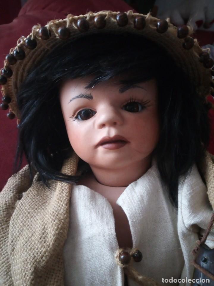 Muñecas Porcelana: Muñeca de porcelana alemana ,de colección Josi jaggi 1993. Pelo natural, ojos de cristal.realista. - Foto 2 - 145497438