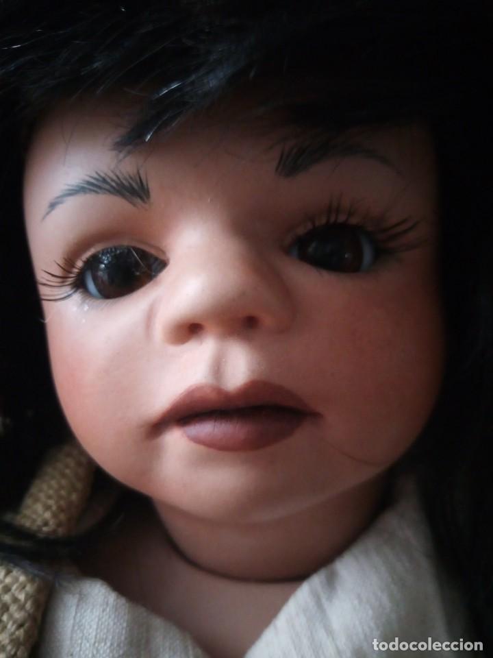 Muñecas Porcelana: Muñeca de porcelana alemana ,de colección Josi jaggi 1993. Pelo natural, ojos de cristal.realista. - Foto 3 - 145497438