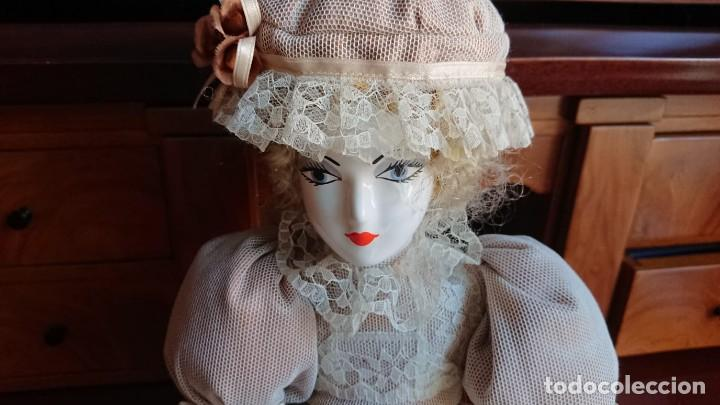 Muñecas Porcelana: ANTIGUA MUÑECA PORCELANA TELA AÑOS 50 - Foto 3 - 151381166