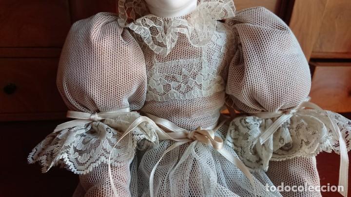 Muñecas Porcelana: ANTIGUA MUÑECA PORCELANA TELA AÑOS 50 - Foto 4 - 151381166