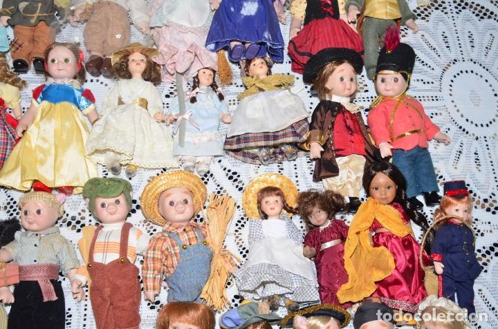 Muñecas Porcelana: MEGA COLECCIÓN GRAN LOTE DE 63 MUÑECAS , LA MAYORÍA DE PORCELANA CON OJOS DE CRISTAL, DISNEY, ETC - Foto 11 - 155892658