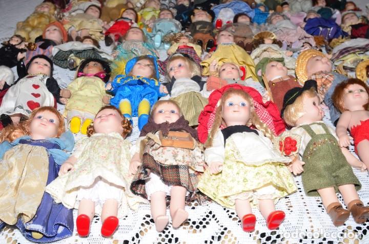 Muñecas Porcelana: MEGA COLECCIÓN GRAN LOTE DE 63 MUÑECAS , LA MAYORÍA DE PORCELANA CON OJOS DE CRISTAL, DISNEY, ETC - Foto 17 - 155892658