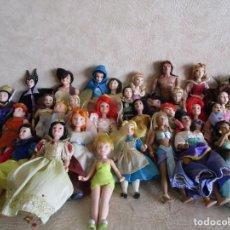 Muñecas Porcelana: LOTE DE 31 MUÑECAS PRINCESAS MUÑECOS DISNEY DE PORCELANA COLECCION PLANETA AGOSTINI. Lote 156630322