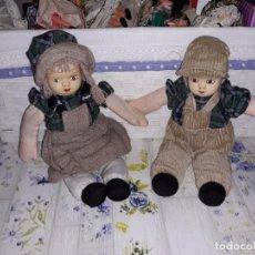 Muñecas Porcelana: PAREJITA DE MUÑECOS ( CARITA DE PORCELANA Y CUERPO DE TRAPO ). Lote 157394918