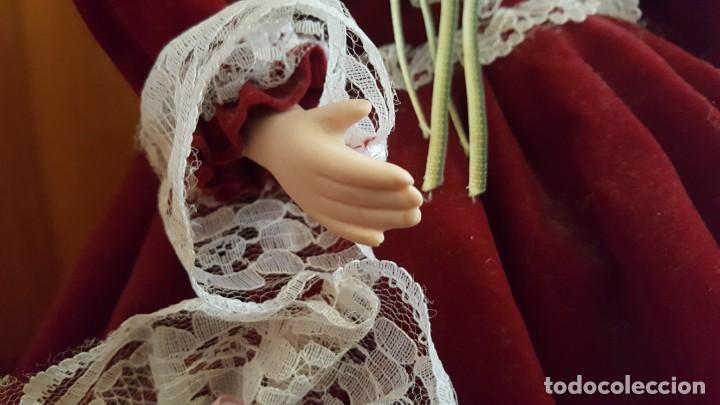 Muñecas Porcelana: ANTÍGUA MUÑECA. CARA BRAZOS Y PIERNAS DE PORCELANA. DISPONE DE BASE SOPORTE. AÑOS 50. - Foto 13 - 158304438