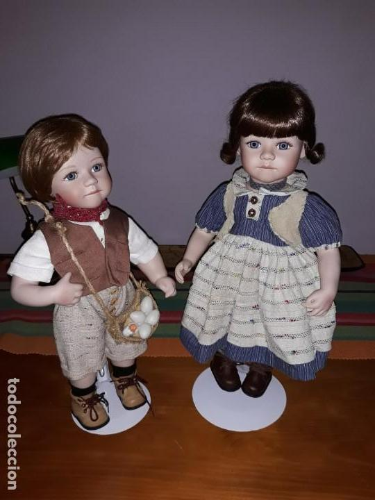 PAREJA DE NIÑOS DEL CAMPO** (Juguetes - Muñeca Extranjera Moderna - Porcelana)