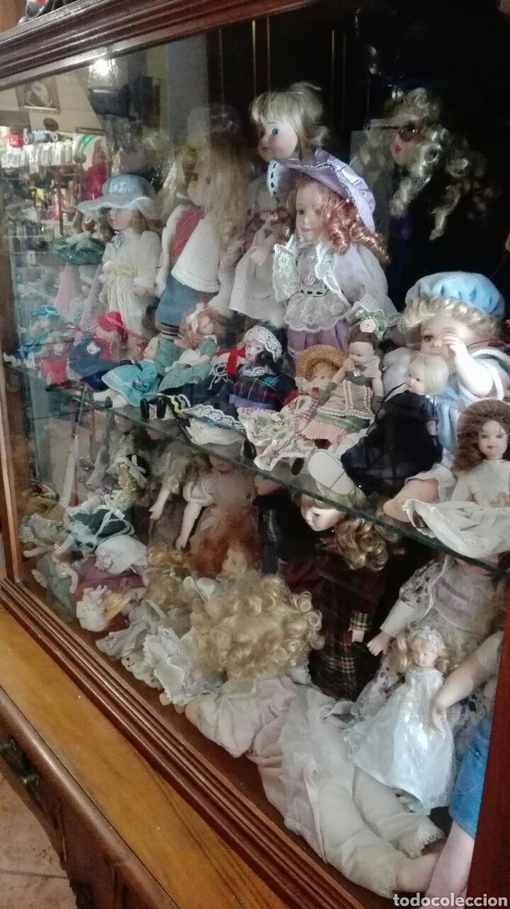 LOTE UNAS 44 MUÑECAS DE PORCELANA VARIOS TAMAÑOS (Juguetes - Muñeca Extranjera Moderna - Porcelana)