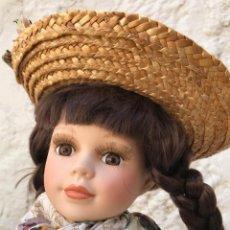 Muñecas Porcelana: PRECIOSA MUÑECA DE PORCELANA REGAL ARTS. AÑOS 90. NUEVA!!. Lote 168646972